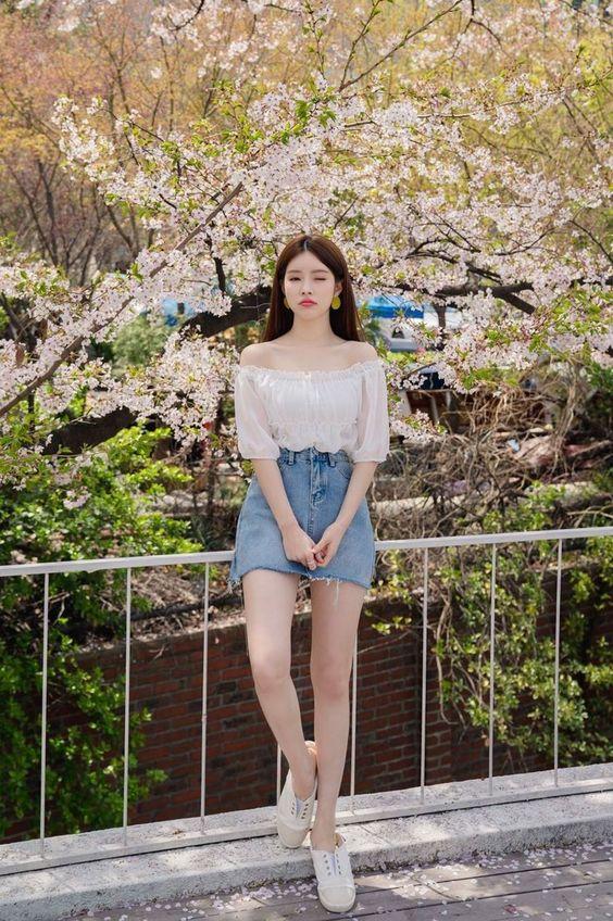 Hình ảnh gái xinh mặc áo trễ vai thùy mị