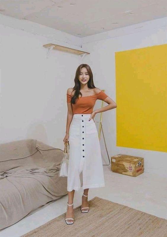 Hình ảnh gái xinh mặc áo trễ vai thời trang