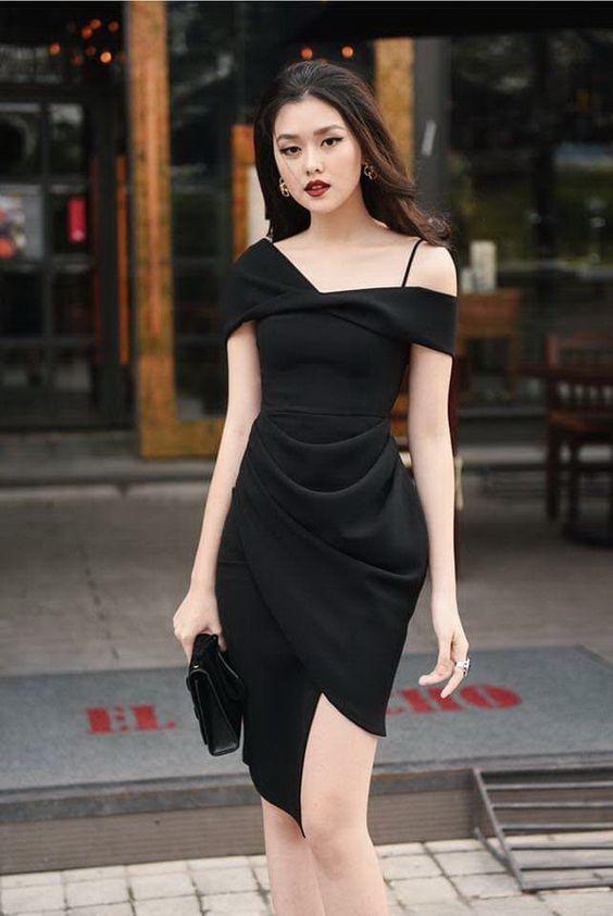 Hình ảnh gái xinh mặc áo trễ vai màu đen đẹp
