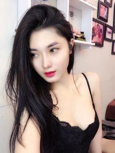 Gái xinh Việt Nam mặc đồ thiếu vải