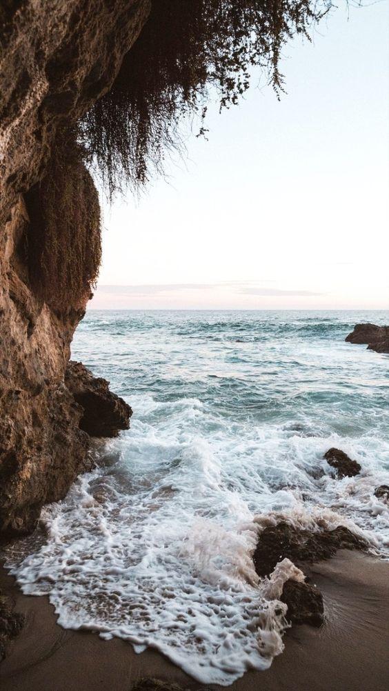 Hình nền điện thoại bên bờ biển đẹp